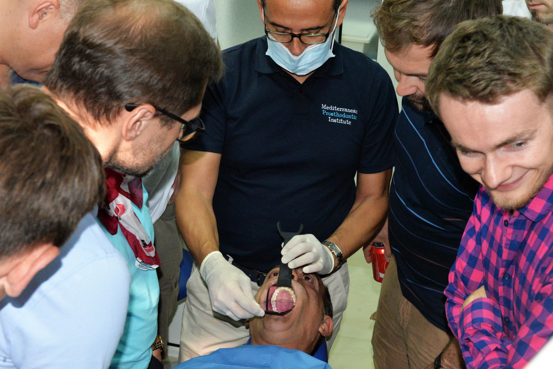 Dentalidea presenta sus nuevos retractores en el FDI World Dental Congress